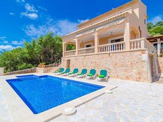Spacious villa in S'Horta with Parking, Internet, Washing machine, Pool