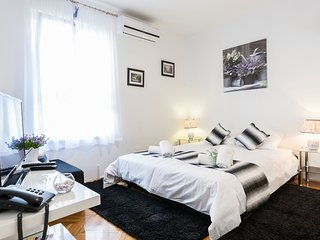 Cozy apartment in the center of Zadar with Internet, Air conditioning
