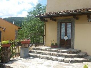 Spacious house in Barberino di Mugello with Parking, Washing machine, Garden