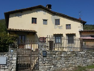 Spacious house in Barberino di Mugello with Parking, Washing machine, Garden