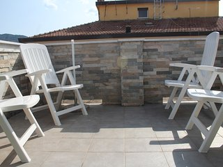 Spacious apartment in the center of La Spezia with Parking, Internet, Washing ma