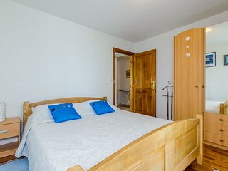 Cozy room in the center of Brašina with Parking, Internet, Washing machine, Air