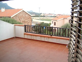 Spacious house very close to the centre of Golfo Aranci with Parking, Washing ma