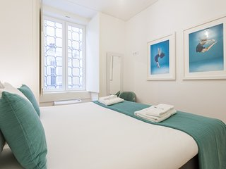 Spacious apartment in the center of Lisbon with Lift, Internet, Air conditioning