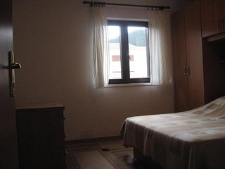 Spacious apartment in the center of Banjol with Parking, Internet, Balcony, Terr