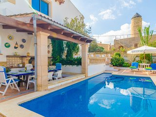 Spacious villa in the center of Colonia de Sant Pere with Internet, Washing mach