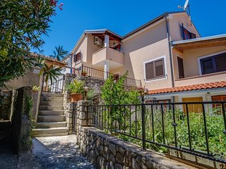 Cozy apartment in the center of Mali Losinj with Internet, Air conditioning, Bal