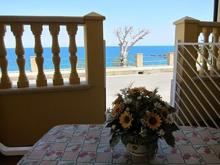 Cozy apartment in the center of Capo Rizzuto with Washing machine, Terrace
