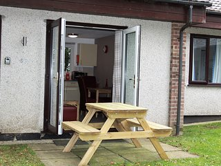 Dog Friendly 2 Bedroom Holiday Bungalow, Trevithick Court, St  Erith Praze,Hayle