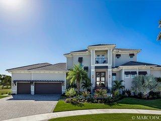 ADDISON OPULENCE - Luxury Florida Living at its Finest - 6 Bed Island Estate Hom