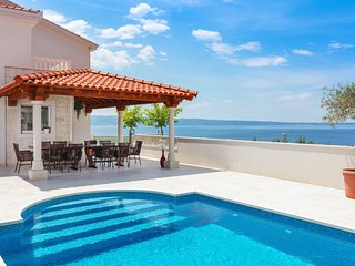 The WHITE VillaGG - Exclusive holidays for families in Split Croatia