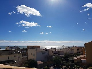 T2 4/5 pers Les balcons de la Méditerranée,vue mer, parking, clim, Plage à 50 m