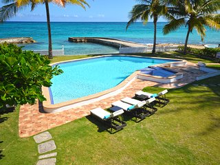Stone Harbour - Ocho Rios 4 Bedroom Beachfront