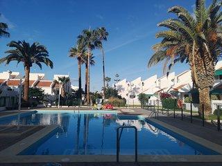 4 Br Villa Playa del Duque, Wi-Fi