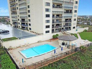 NEW LISTING! Updated waterfront condo w/shared pool/sauna/gym - walk to beach