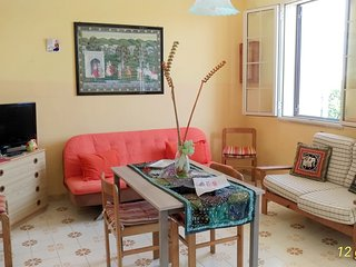 Spacious apartment in the center of Torre Dell'Orso with Parking, Washing machin