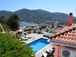 Villa Chrysalis-Panoramic view and private pool