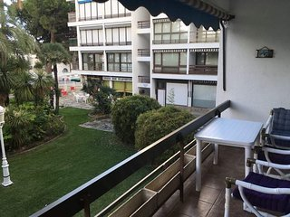 Spacious apartment a short walk away (143 m) from the 'Playa de Vilafortuny' in