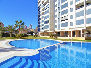 Spacious apartment a short walk away (418 m) from the 'Playa de Levante' in Beni