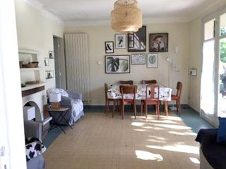 Cozy house in the center of Vieux-Boucau-les-Bains with Parking, Internet, Washi