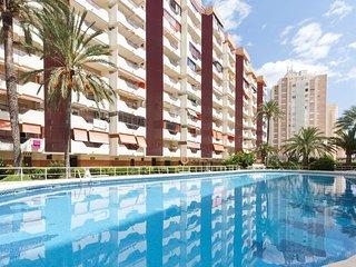 Spacious apartment very close to the centre of Grau i Platja with Internet, Wash
