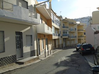 Spacious apartment in the center of Quarteira with Parking, Internet, Washing ma