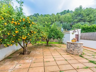 Cozy house a short walk away (350 m) from the 'Playa d'En Repic' in Sóller with