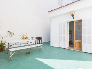 Spacious house a short walk away (205 m) from the 'Playa Can Picafort' in Can Pi