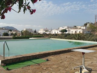 Cozy house in the center of El Pozo de los Frailes with Parking, Internet, Washi