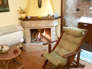 Spacious apartment in the center of Camigliatello Silano with Parking, Internet,
