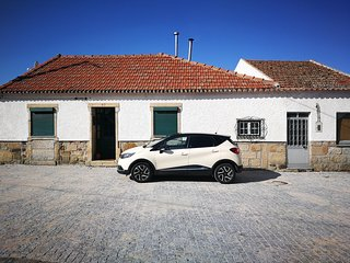 Spacious house in Sao Romao with Parking, Internet, Washing machine, Air conditi
