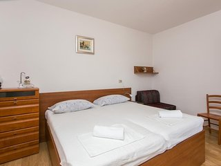 Cosy studio in Mlini with Parking, Internet, Air conditioning, Terrace