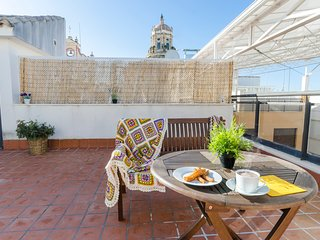 Spacious apartment in the center of Cordoba with Lift, Parking, Internet, Washin