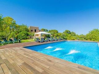 Spacious villa in Manacor with Parking, Internet, Washing machine, Pool
