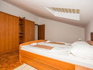 Spacious apartment in Zadar with Parking, Internet, Air conditioning, Balcony