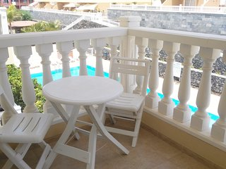 Spacious apartment in Palm-Mar with Lift, Parking, Washing machine, Pool