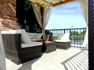 Cozy house in Zadar with Internet, Washing machine, Air conditioning, Balcony