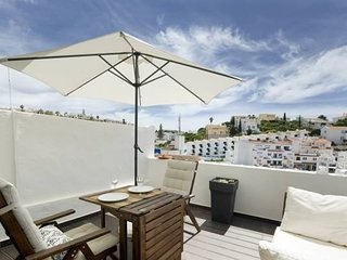 Cozy apartment very close to the centre of Carvoeiro with Internet, Terrace