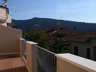 Spacious apartment in Cuglieri with Parking, Washing machine, Terrace