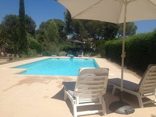 Cozy apartment in Saint-Raphaël with Parking, Internet, Washing machine, Pool