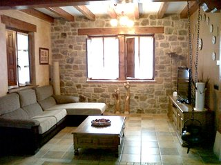 Spacious villa in Iurreta with Parking, Washing machine, Pool, Terrace