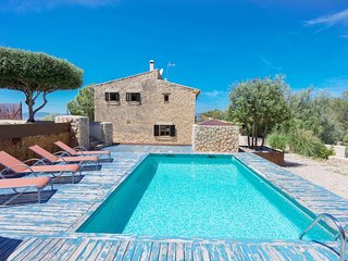Spacious villa in the center of Marratxinet with Parking, Internet, Washing mach