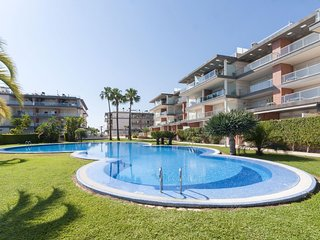 Spacious apartment in Oliva with Lift, Internet, Washing machine, Air conditioni
