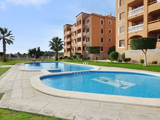 Spacious apartment in Orihuela with Parking, Internet, Washing machine, Pool