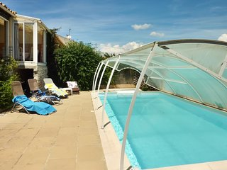 Cozy house in the center of La Ciotat with Internet, Washing machine, Pool, Balc