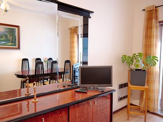 Spacious apartment in the center of Porto with Internet, Washing machine, Balcon