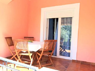 Cozy apartment close to the center of Bibinje with Parking, Internet, Air condit