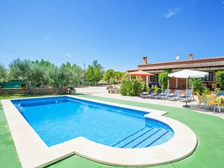 Cozy villa in Santa Margalida with Parking, Internet, Washing machine, Pool