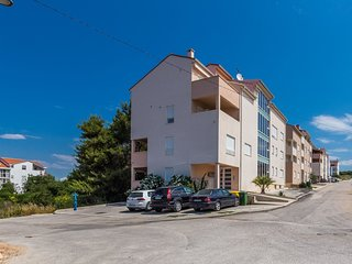 Cozy apartment close to the center of Zadar with Internet, Washing machine, Air