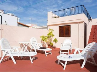 Spacious house in San Cristobal de La Laguna with Parking, Internet, Washing mac